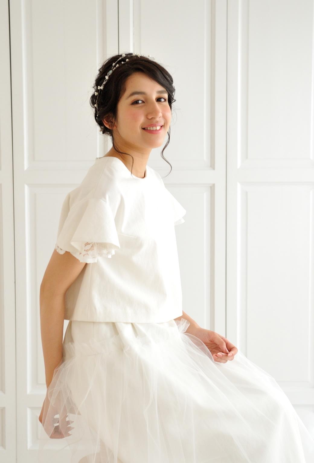 ホワイトデニムとチュールのツーピースドレス